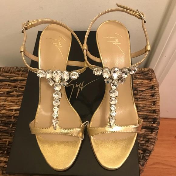 64997bc577e NEW Giuseppe Zanotti Design Sandals - Sz 36 EUR NWT